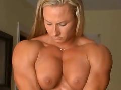 Milinda flex nude