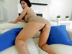 Fine ass babe Aleksa Nicole sucks on a big dick lustily