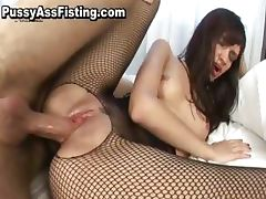 Slut in fishnets gets double penetrated part4