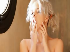 Shaving of graceful 18yo blonde pussy