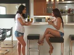 Asian Pornstars Asa Akira and Kaylani Lei Anal Toying Lesbian Session