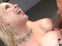 Blondie with massive shapes Angel Vain gets balled hard