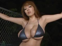 Hitomi Tanaka moans wildly while getting her pussy toyed