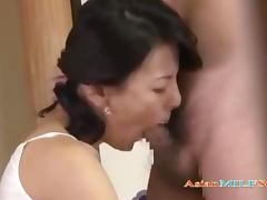 Milf With Hairy Pussy Fucked By Young Guy On The Floor In The Roo