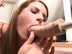 19 Year Old Gets Her Pussy Fucked by Machine and Fisted by Leanna Sweet