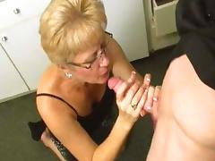 Mature blonde mom fucks in her face